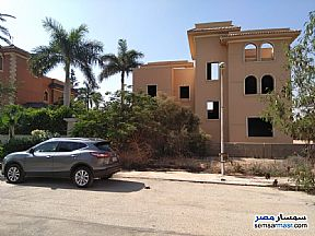 Ad Photo: Villa 5 bedrooms 4 baths 900 sqm semi finished in Cairo Alexandria Desert Road  Giza