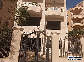 Ad Photo: Villa 3 bedrooms 2 baths 442 sqm semi finished in El Ubour City  Qalyubiyah