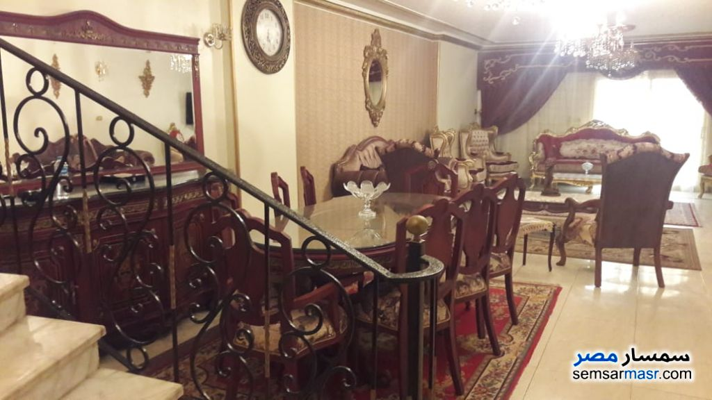 Photo 2 - Apartment 4 bedrooms 3 baths 240 sqm extra super lux For Sale Haram Giza