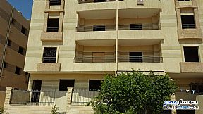 Ad Photo: Villa 3 bedrooms 3 baths 260 sqm semi finished in Shorouk City  Cairo