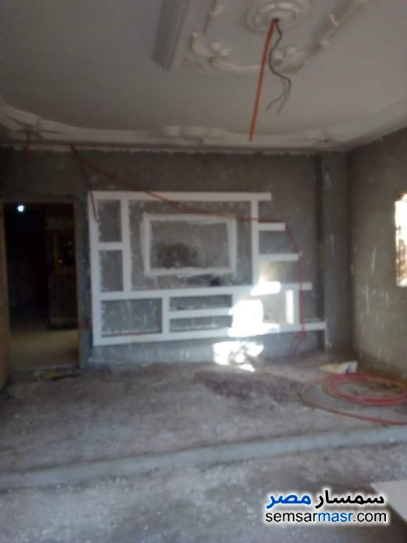 Ad Photo: Apartment 4 bedrooms 3 baths 320 sqm semi finished in El Ubour City  Qalyubiyah