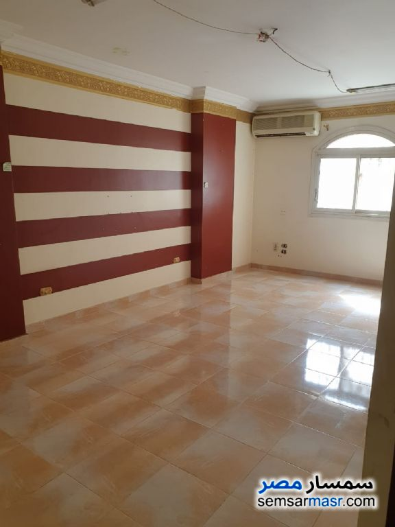 Photo 18 - Apartment 6 bedrooms 5 baths 420 sqm extra super lux For Sale Hadayek Al Ahram Giza