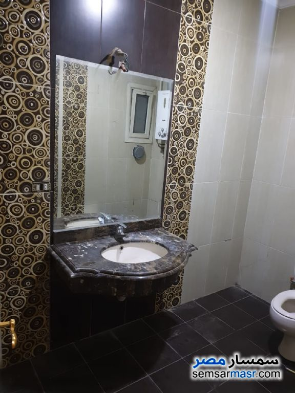 Photo 9 - Apartment 6 bedrooms 5 baths 420 sqm extra super lux For Sale Hadayek Al Ahram Giza