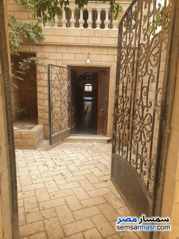Photo 1 - Apartment 6 bedrooms 5 baths 420 sqm extra super lux For Sale Hadayek Al Ahram Giza