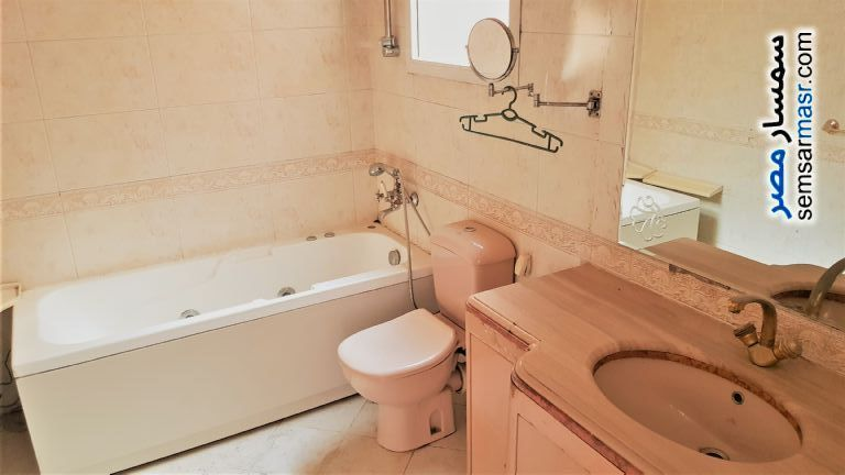 Photo 5 - Apartment 5 bedrooms 3 baths 370 sqm super lux For Rent Remaia Giza