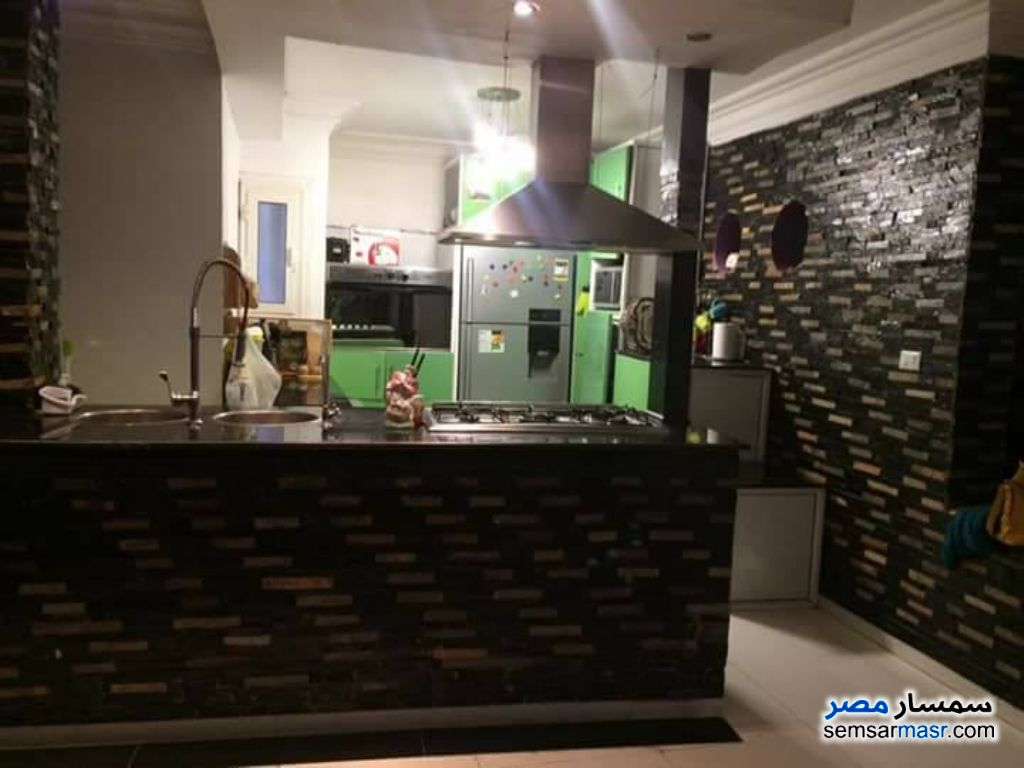 Photo 1 - 2 bedrooms 3 baths 200 sqm extra super lux For Rent New Nozha Cairo
