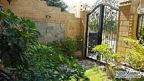 Ad Photo: Villa 3 bedrooms 3 baths 390 sqm super lux in Hadayek Al Ahram  Giza