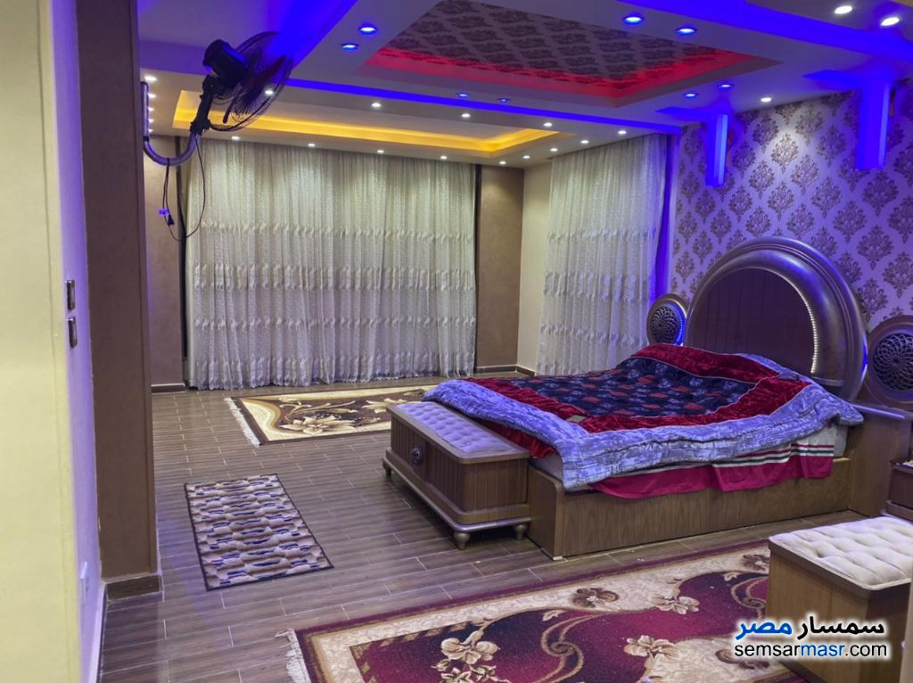 Ad Photo: Apartment 4 bedrooms 4 baths 440 sqm extra super lux in Al Fardous City  6th of October