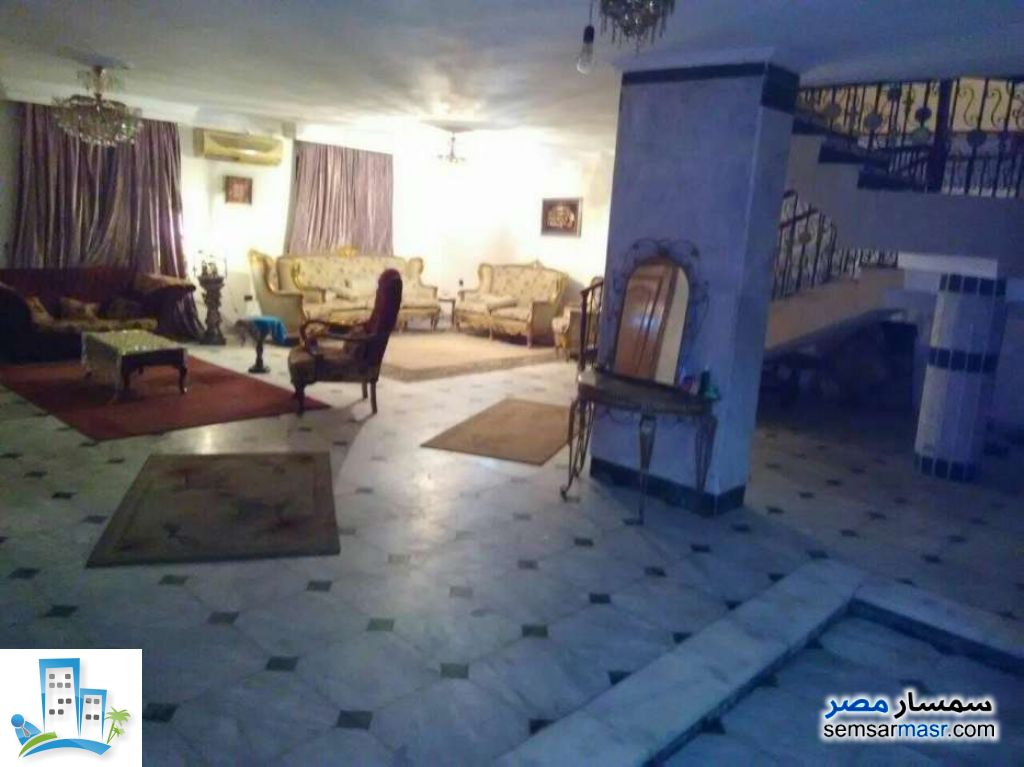 Ad Photo: Apartment 4 bedrooms 3 baths 430 sqm super lux in Haram  Giza