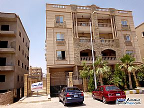Ad Photo: Apartment 3 bedrooms 3 baths 285 sqm semi finished in Shorouk City  Cairo