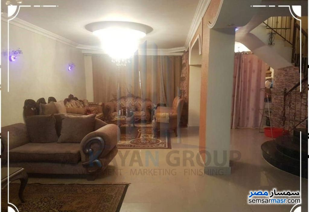 Photo 1 - Apartment 4 bedrooms 3 baths 315 sqm extra super lux For Sale Hadayek Al Ahram Giza