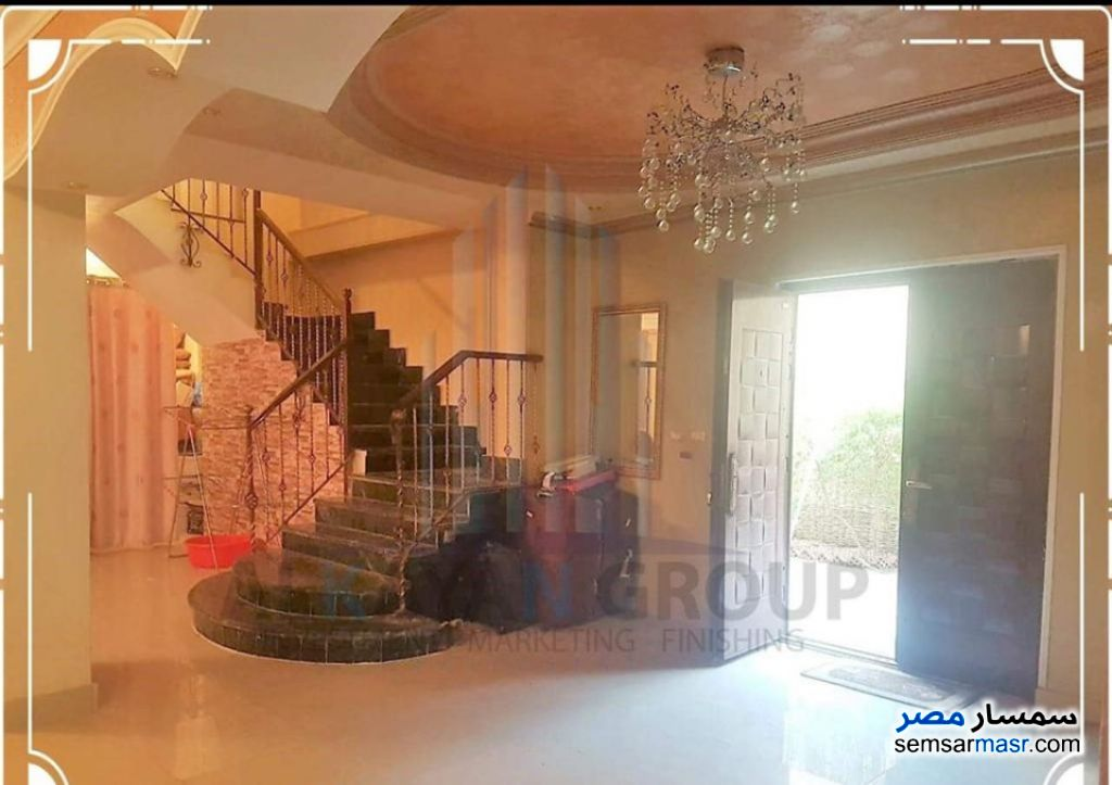 Photo 2 - Apartment 4 bedrooms 3 baths 315 sqm extra super lux For Sale Hadayek Al Ahram Giza