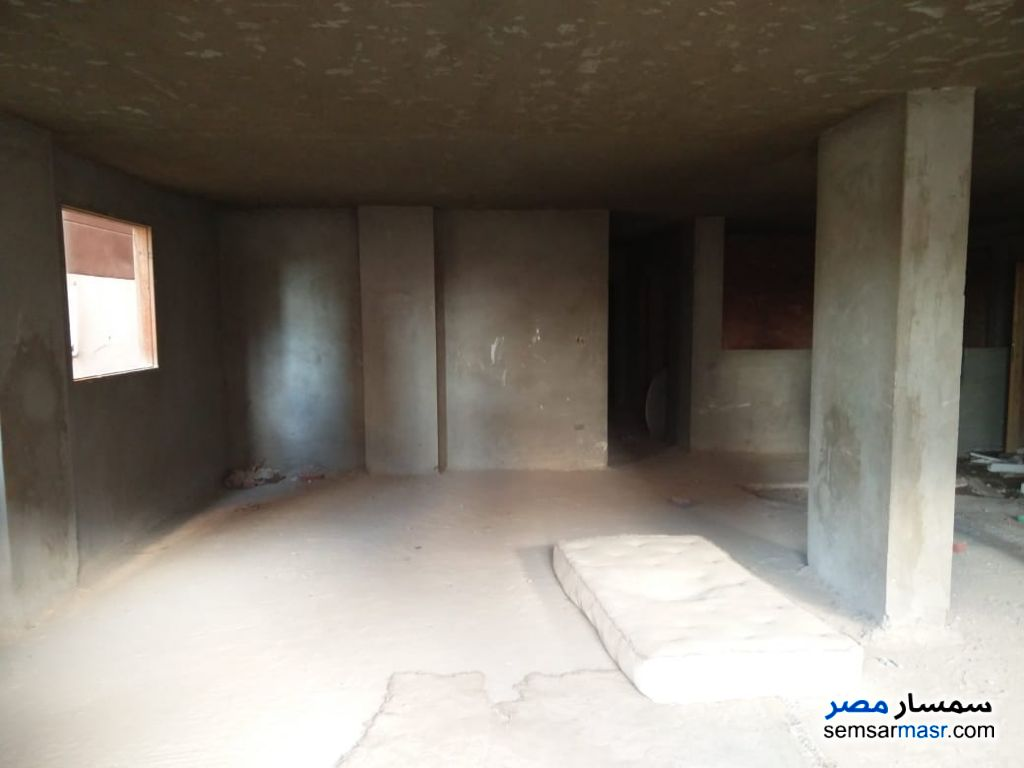 Photo 4 - Apartment 14 bedrooms 6 baths 620 sqm without finish For Sale Hadayek Al Ahram Giza