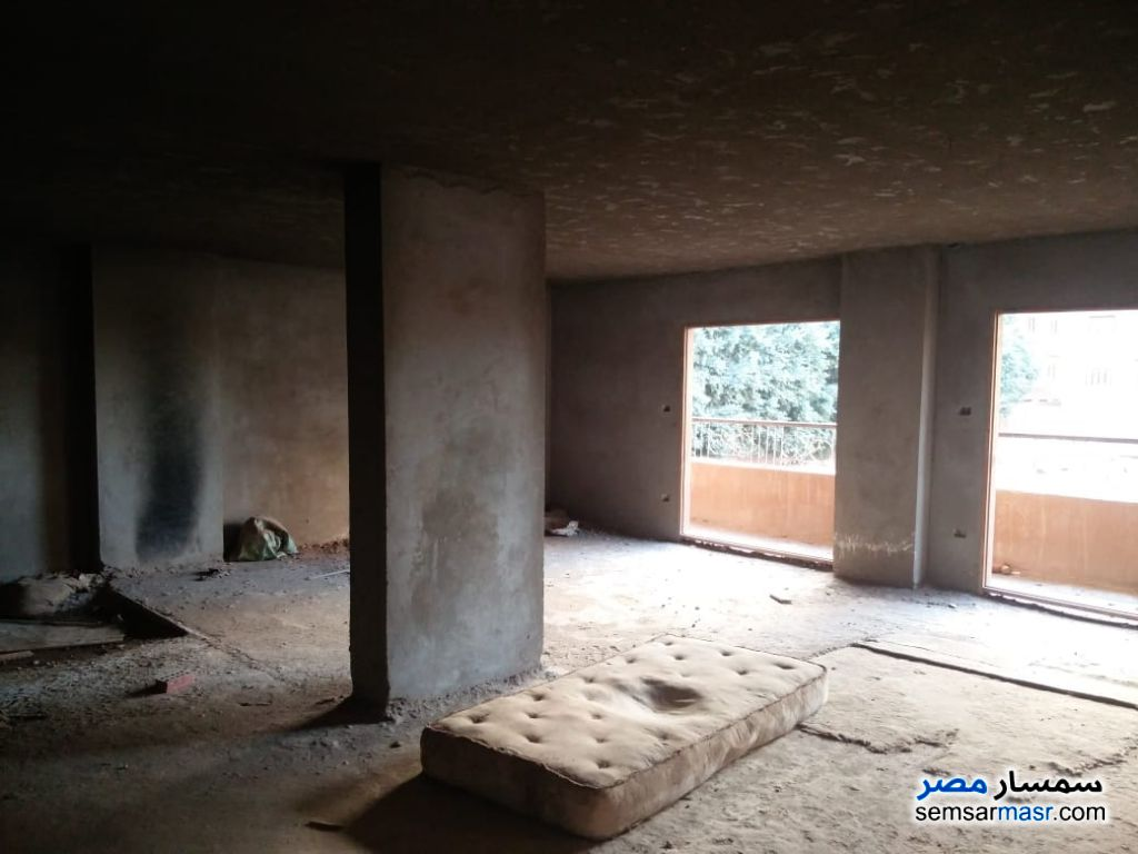Photo 6 - Apartment 14 bedrooms 6 baths 620 sqm without finish For Sale Hadayek Al Ahram Giza