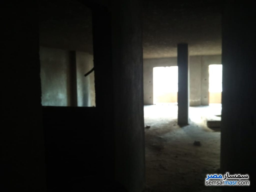 Photo 7 - Apartment 14 bedrooms 6 baths 620 sqm without finish For Sale Hadayek Al Ahram Giza