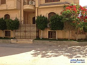 Ad Photo: Villa 5 bedrooms 3 baths 346 sqm extra super lux in Districts  6th of October