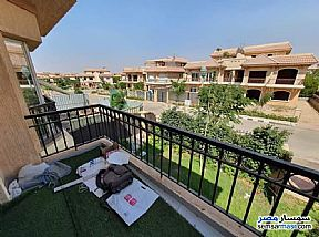 Ad Photo: Villa 3 bedrooms 3 baths 238 sqm extra super lux in Madinaty  Cairo