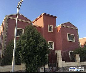 Ad Photo: Villa 4 bedrooms 4 baths 510 sqm super lux in Sheikh Zayed  6th of October