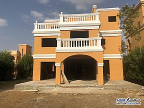 Ad Photo: Villa 3 bedrooms 3 baths 220 sqm without finish in Shorouk City  Cairo