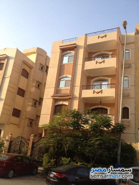 Ad Photo: Villa 20 bedrooms 10 baths 1000 sqm extra super lux in First Settlement  Cairo