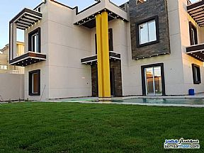 Ad Photo: Villa 4 bedrooms 4 baths 370 sqm extra super lux in King Maryot  Alexandira