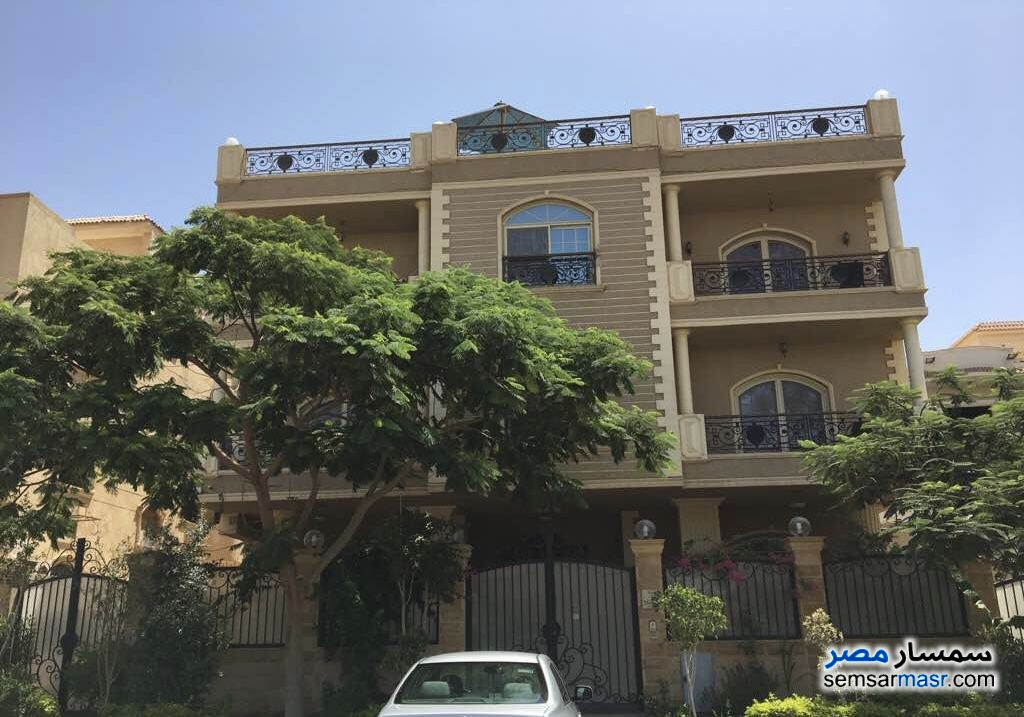 Photo 2 - Villa 20 bedrooms 12 baths 600 sqm extra super lux For Sale First Settlement Cairo