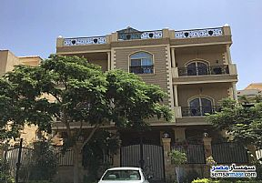 Villa 20 bedrooms 12 baths 600 sqm extra super lux For Sale First Settlement Cairo - 2