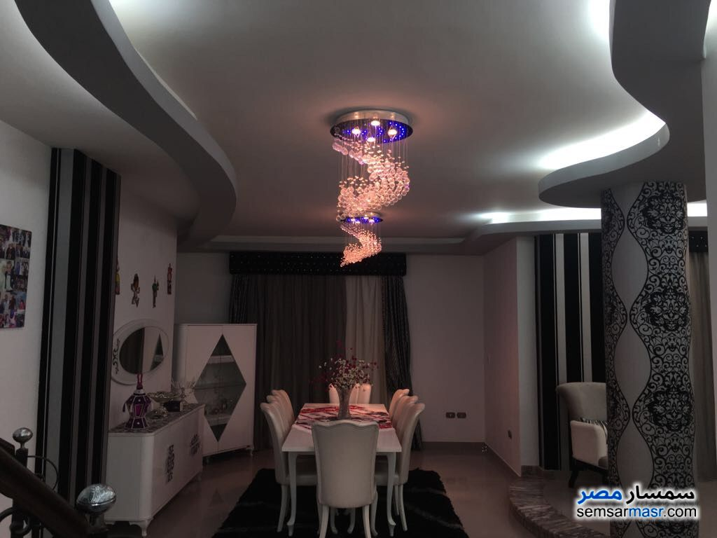 Photo 18 - Villa 20 bedrooms 12 baths 600 sqm extra super lux For Sale First Settlement Cairo
