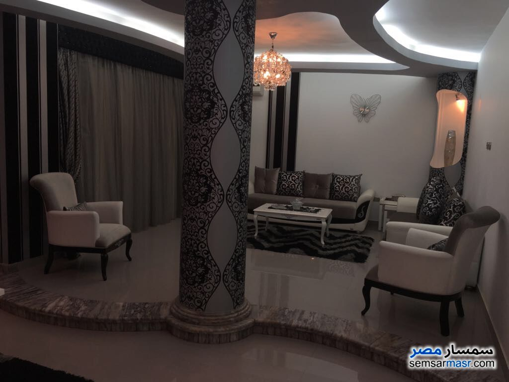 Photo 7 - Villa 20 bedrooms 12 baths 600 sqm extra super lux For Sale First Settlement Cairo