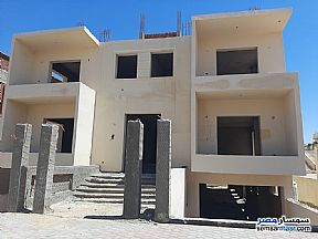 Ad Photo: Villa 12 bedrooms 8 baths 1200 sqm semi finished in Shorouk City  Cairo