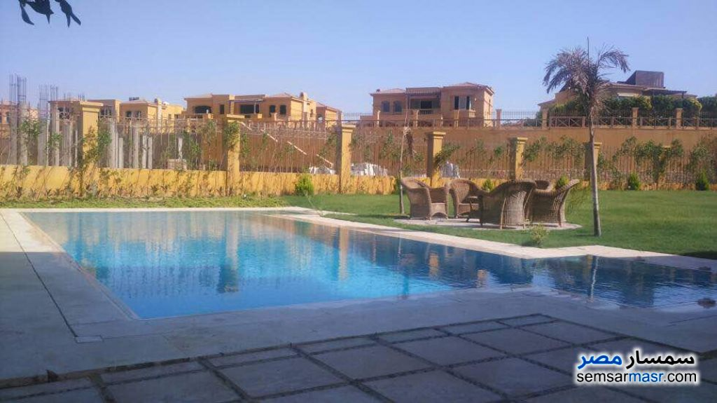 Photo 2 - Villa 5 bedrooms 4 baths 1,300 sqm extra super lux For Sale Fifth Settlement Cairo