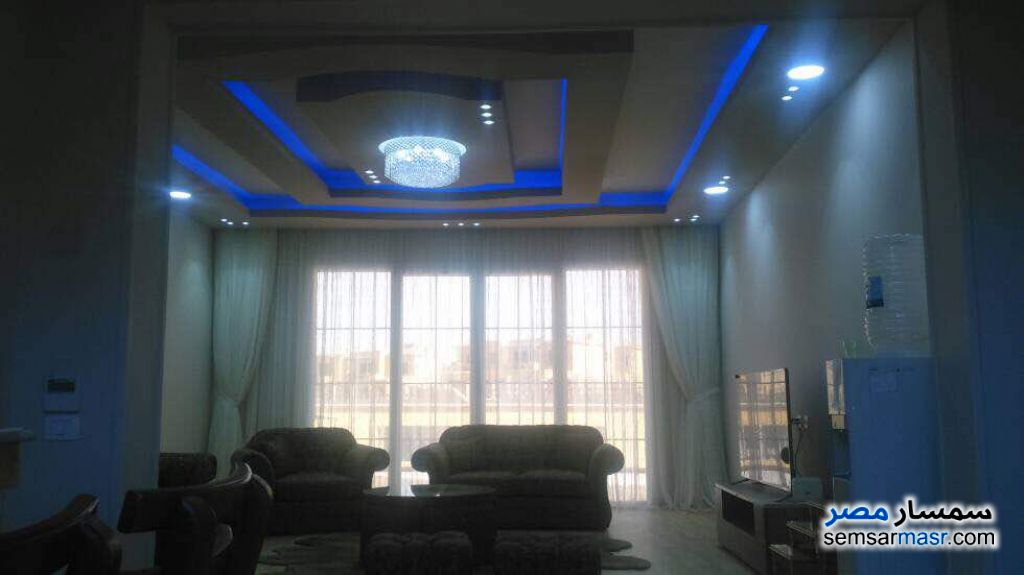 Photo 20 - Villa 5 bedrooms 4 baths 1,300 sqm extra super lux For Sale Fifth Settlement Cairo