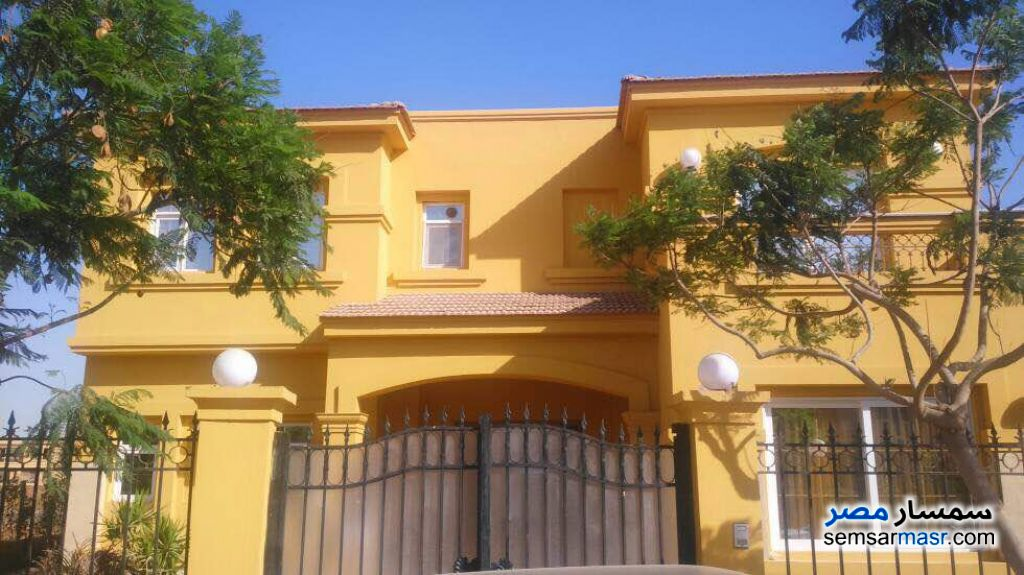 Photo 3 - Villa 5 bedrooms 4 baths 1,300 sqm extra super lux For Sale Fifth Settlement Cairo