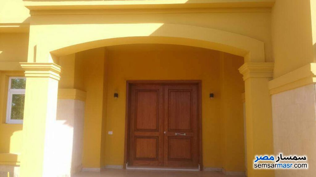 Photo 9 - Villa 5 bedrooms 4 baths 1,300 sqm extra super lux For Sale Fifth Settlement Cairo
