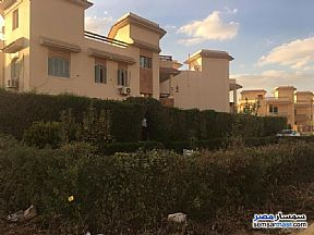 Villa 4 bedrooms 4 baths 400 sqm extra super lux For Sale Shorouk City Cairo - 12