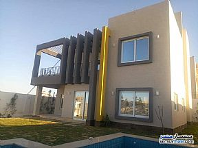 Ad Photo: Villa 5 bedrooms 4 baths 500 sqm extra super lux in King Maryot  Alexandira