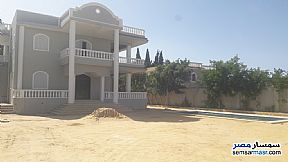 Ad Photo: Villa 5 bedrooms 5 baths 1200 sqm extra super lux in King Maryot  Alexandira