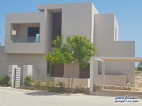 Ad Photo: Villa 6 bedrooms 5 baths 360 sqm without finish in North Coast  Alexandira