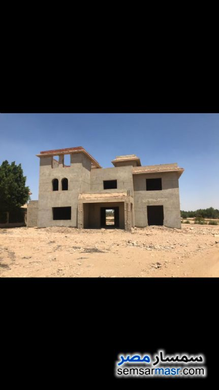 Ad Photo: Villa 5 bedrooms 4 baths 1300 sqm without finish in Sphinx City  6th of October