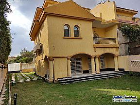 Ad Photo: Villa 4 bedrooms 5 baths 450 sqm extra super lux in Rehab City  Cairo