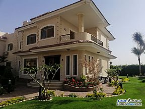 Ad Photo: Villa 4 bedrooms 3 baths 300 sqm extra super lux in Districts  6th of October