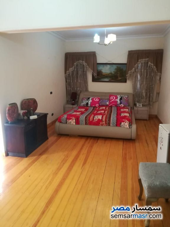 Villa 5 bedrooms 6 baths 1,000 sqm extra super lux For Rent Sheikh Zayed 6th of October - 4