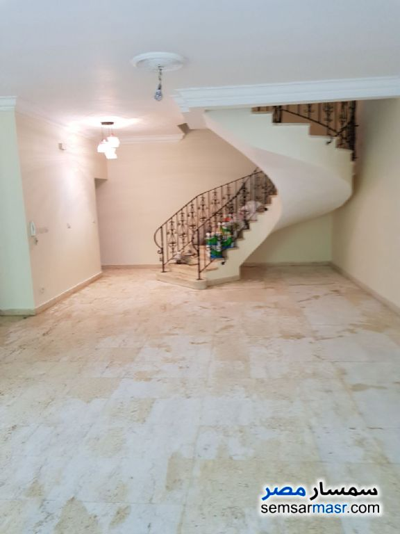 Photo 6 - Villa 4 bedrooms 3 baths 235 sqm extra super lux For Rent Rehab City Cairo