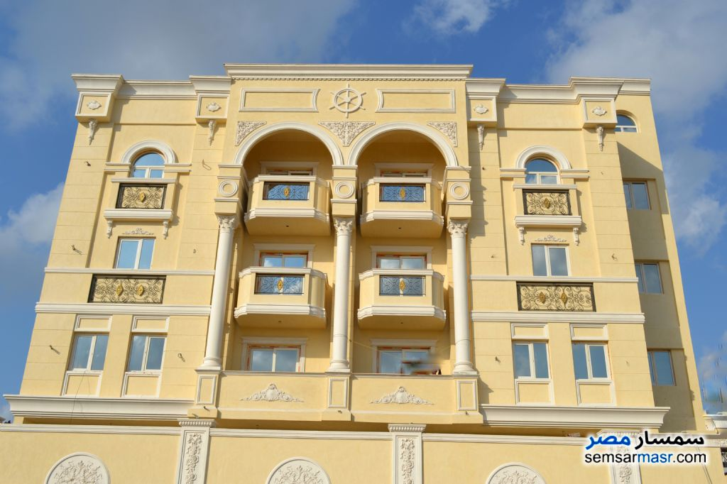 Ad Photo: Villa 13 bedrooms 8 baths 680 sqm semi finished in Moharam Bik  Alexandira