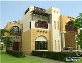 Ad Photo: Villa 4 bedrooms 3 baths 650 sqm without finish in Shorouk City  Cairo