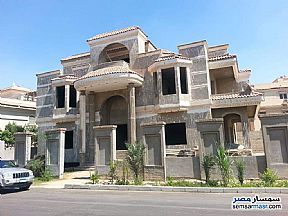 Ad Photo: Villa 5 bedrooms 4 baths 1050 sqm semi finished in Sheikh Zayed  6th of October