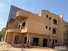 Ad Photo: Villa 5 bedrooms 3 baths 381 sqm semi finished in Mokattam  Cairo