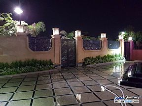 Villa 4 bedrooms 4 baths 1600 sqm extra super lux For Sale Sheikh Zayed 6th of October - 10