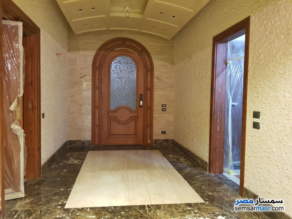 Photo 14 - Villa 4 bedrooms 4 baths 1600 sqm extra super lux For Sale Sheikh Zayed 6th of October