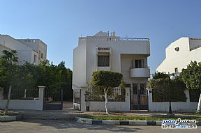Ad Photo: Villa 4 bedrooms 4 baths 640 sqm super lux in Shorouk City  Cairo